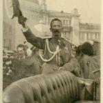 Приезд Корнилова в Москву на Государственное Совещание