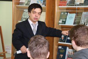 Лекция Тетеринана открытии выставка про холодную войну
